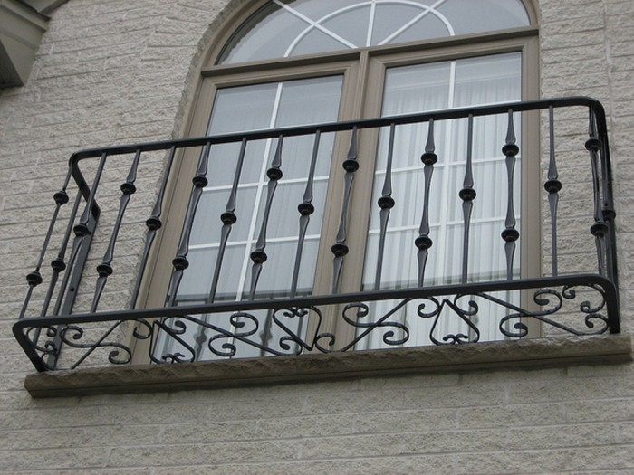 6431379855_8358e2b11c_z 60+ Best Railings Designs for a Catchier Balcony
