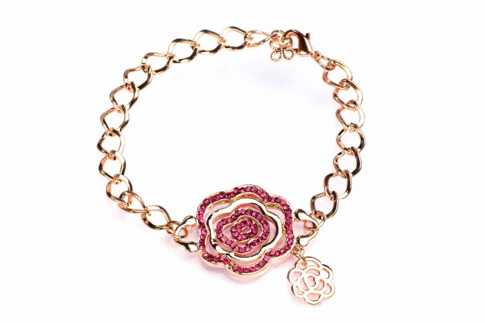 8903965217990_GOLD_GOLD_F 10 Inexpensive and Fabulous Spring Gift Ideas