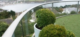 953_IOM curved balcony 2 system