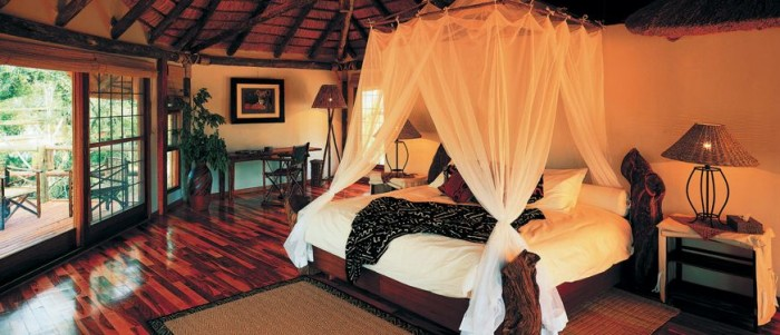 African-Safari-Style-Bedroom-Designs-3 African Style In The Interior Design