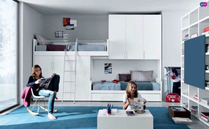 Blue-and-White-Teenager-Room-with-Modern-Bunkbeds-Blue-and-White-Teenager-Room-with-Modern-Bunkbeds Make Your Children's Bedroom Larger Using Bunk Beds