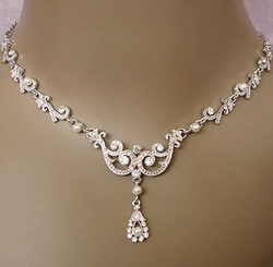 Bridal-jewelry-13 An Elegant Collection Of Wedding Jewelry Sets