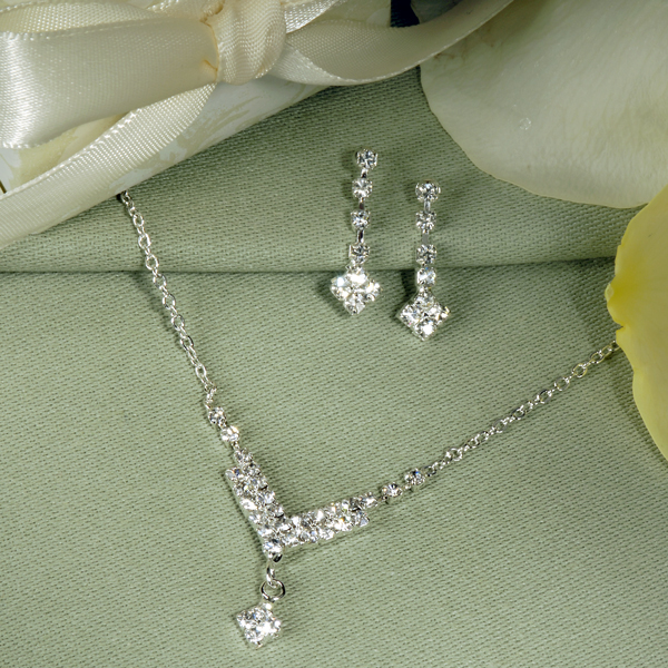 CCS1995S-large An Elegant Collection Of Wedding Jewelry Sets