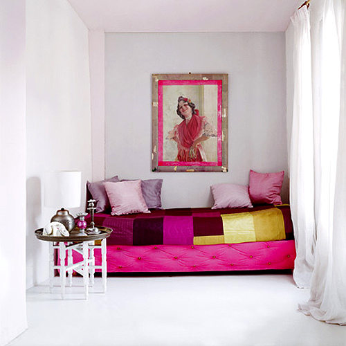 Colorful-Paint-Design Get A Delight Interior By Applying Some Colorful Designs