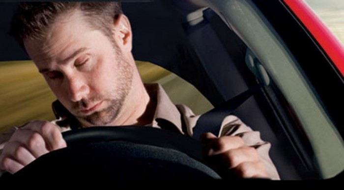 Drowsy Driver Image1 e1366833000870 10 Tips To Stay Awake While Driving For Long Distances