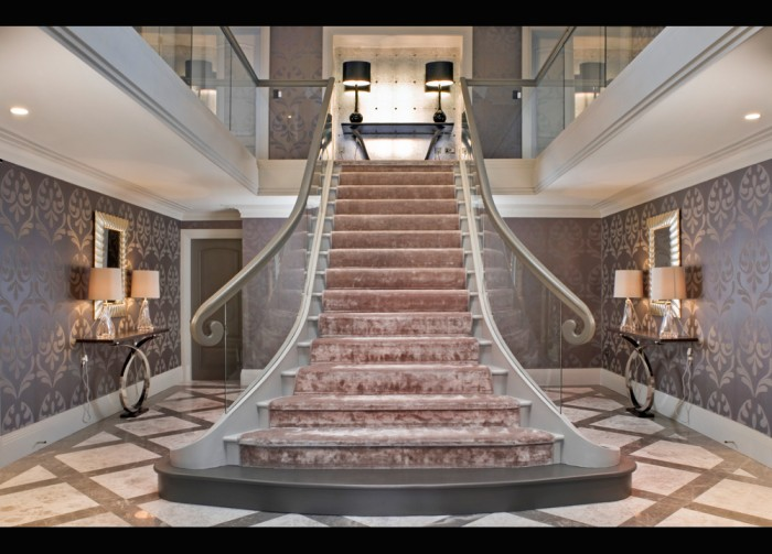 Grand-Staircase-private-hou Make Your Home Look Like a Palace