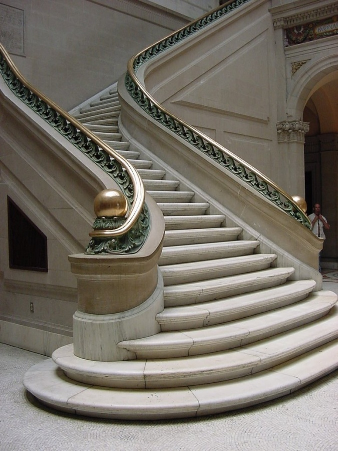 Grand_Staircase Make Your Home Look Like a Palace