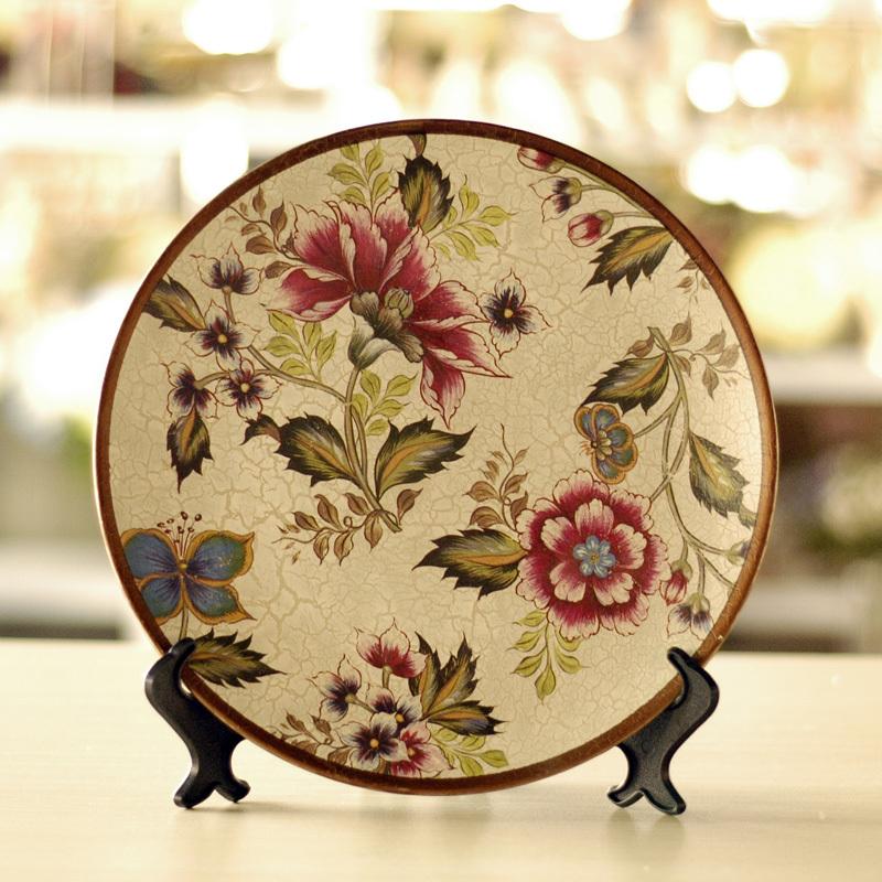 Hand-Painted-Fashion-butterflies-crafts-ceramic-decoration-plate-belt-rack 20 Wonderful Designs Of Ceramic Plates