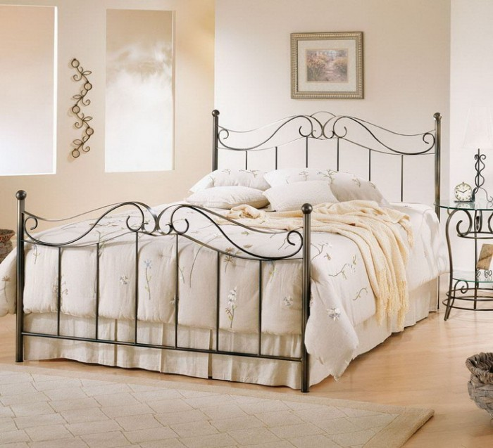 Master-Bedroom-Ideas-Luxury-Metal-Bed-Frame Luxury Designs For Beds Made Of Metal