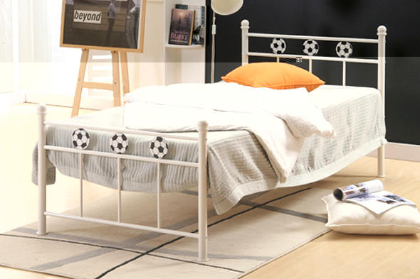 Metal-Beds-for-Your-Bedroom-Interior-Design-Ideas-Birlea-World-Cup-2010-Football Luxury Designs For Beds Made Of Metal