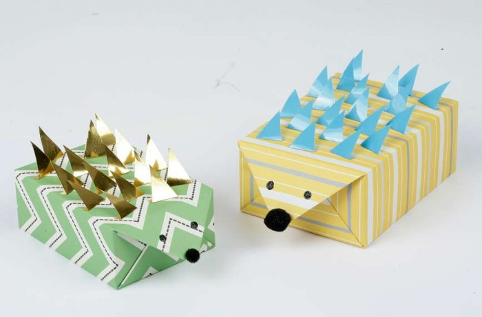 MiniMakehedgehog4 35 Creative and Simple Gift Wrapping Ideas