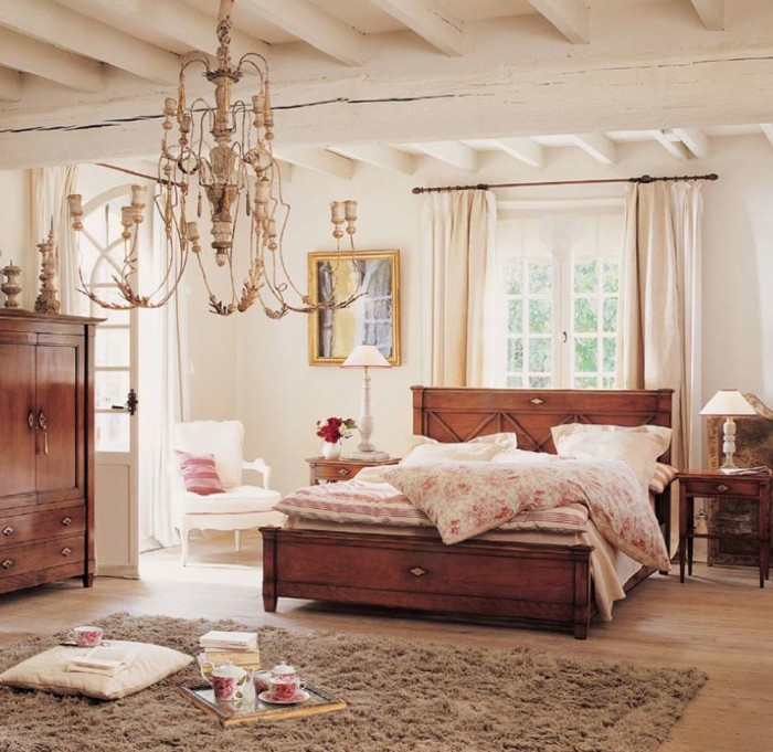 Modern-Classic-Vintage-Bedroom-Ideas-Beautiful-Chandelier-Wood-Cabinet 17 Wonderful Ideas For Vintage Bedroom Style