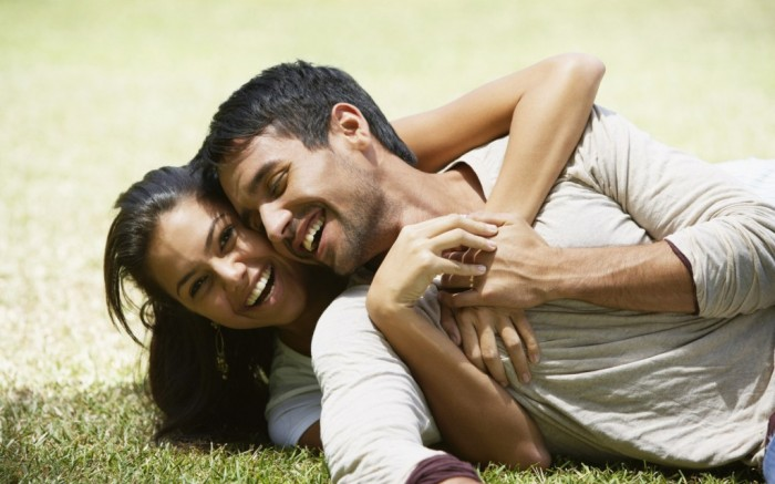 People_Different_people_Lovers_027980_ 7 Tips to Read Your Man's Mind and Control Him