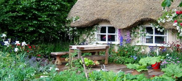 Rustic-Country-Garden 13 Impressive Rustic Garden Style With Its Attractive Elements