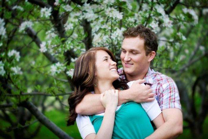 Secretes-Of-A-Happy-Relationship 7 Tips to Read Your Man's Mind and Control Him