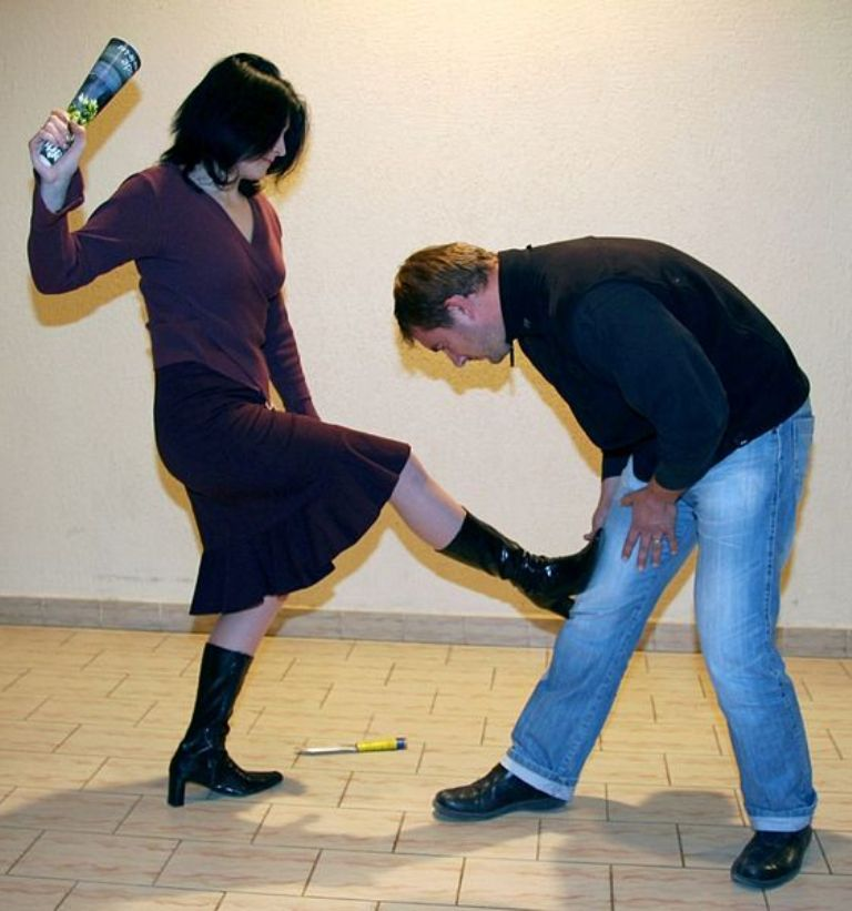 Self-Defense-for-Women Do You Know How to Protect Yourself? Self-Defense for Women