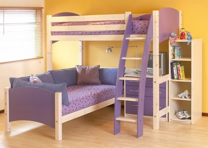 Simple-L-Shape-Bunk-Beds-Wooden-Floor-White-Blind-915x651 Make Your Children's Bedroom Larger Using Bunk Beds