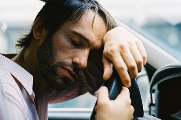 Sleeping-While-Driving 10 Tips To Stay Awake While Driving For Long Distances