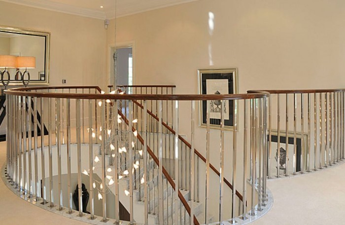 Stainless-Steel-Handrail-Design-design 60+ Best Railings Designs for a Catchier Balcony