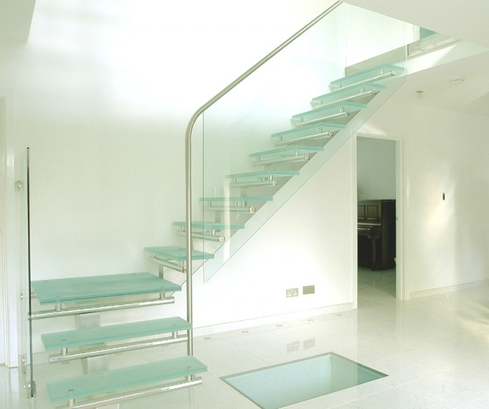 Staircase-Design-Ideas-2 Turn Your Old Staircase into a Decorative Piece