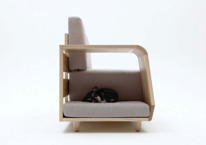 The-comfortable-and-creative-sofas-dog-can-rest-in-04 50 Creative and Weird Sofas for Your Home