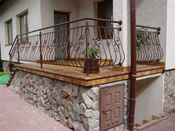 balcony-railings-01 60+ Best Railings Designs for a Catchier Balcony