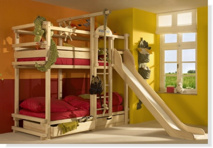 bunk_bed_with_slide Make Your Children's Bedroom Larger Using Bunk Beds