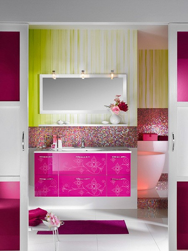 colorful-interior-design-for-bathroom Get A Delight Interior By Applying Some Colorful Designs