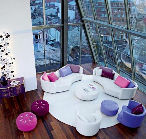 colorful-interior-design-for-living-room Get A Delight Interior By Applying Some Colorful Designs