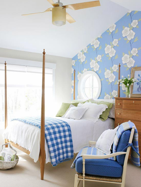 cool-floral-bedroom-decorating-ideas Tips On Choosing Wallpaper For Your Bedroom