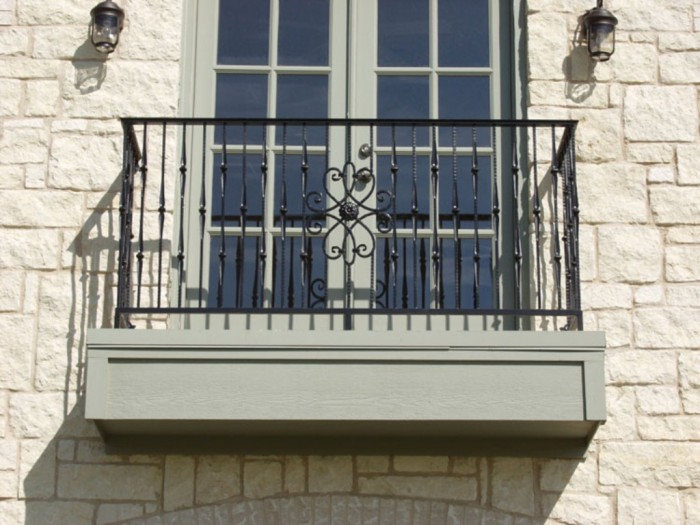 decorative-balcony 60+ Best Railings Designs for a Catchier Balcony