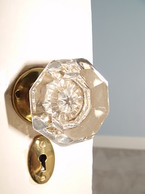 door-knob 4 Tips On How To Buy Your Door Knobs With Ideas