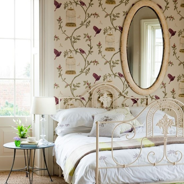 floral-bedroom-design-with-wallpaper-theme Tips On Choosing Wallpaper For Your Bedroom