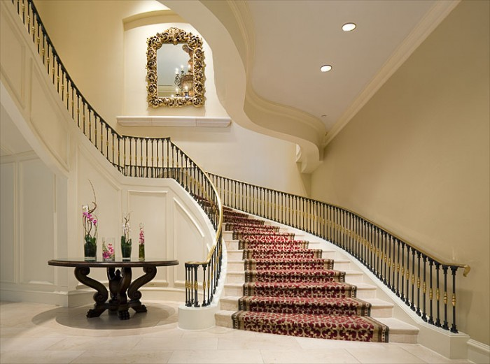 grand-staircase Make Your Home Look Like a Palace