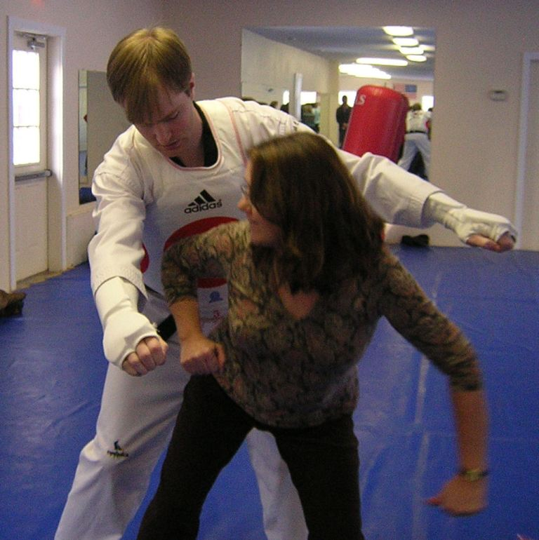 illona-in-motion Do You Know How to Protect Yourself? Self-Defense for Women