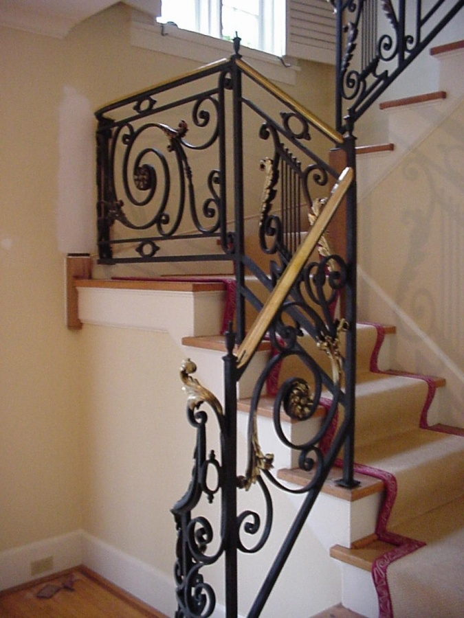 interiorrail2_004 Decorate Your Staircase Using These Amazing Railings