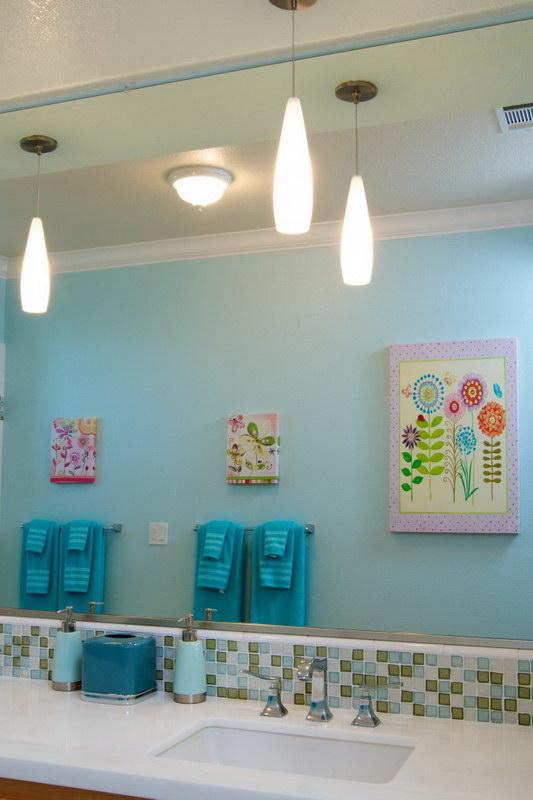 kids-bathroom-decor-contemporary-kids-kerrie-l-kelly 25 Ideas Of Modern Designs For Kids Bathroom