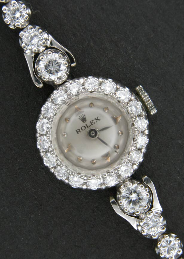 lady_rolex_diamonds 24 Most Luxury Watches For Women And How To Choose The Perfect One?!