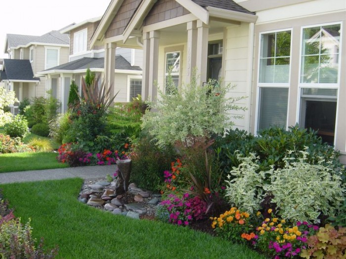 landscaping-ideas-for-front-yard-pictures-1 Liven Up Your Home with 7250 Breathtaking Landscaping Designs