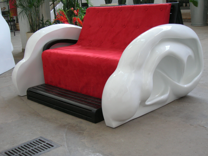 michelangelos_ear_sofa 50 Creative and Weird Sofas for Your Home