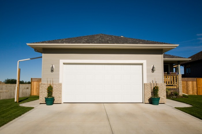 modern-garage-1 Modern Ideas And Designs For Garage Doors