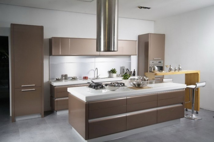 modern-kitchen-layout-915x610 45 Elegant Cabinets For Remodeling Your Kitchen