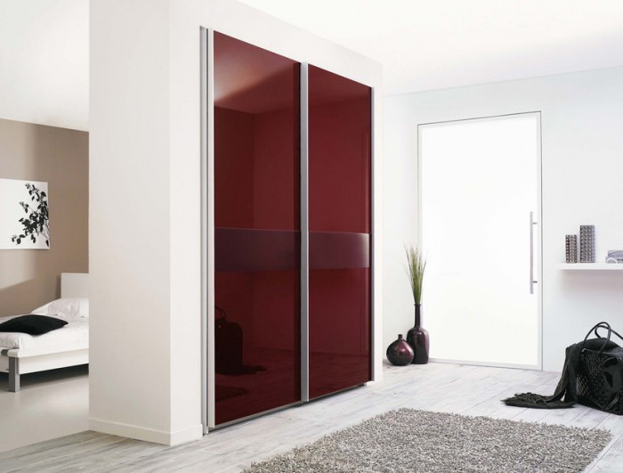 modern-wardrobe-with-refined-door-design-1 35+ Modern Designs Of Wardrobes