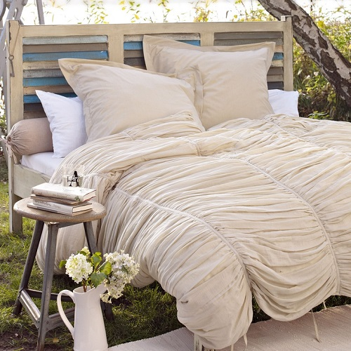 outdoor-bed-1 Outdoor Beds Are Great For Relax During The Summer