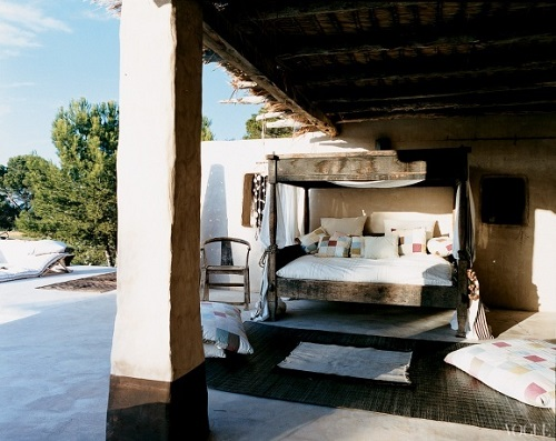 outdoor-bed-11 Outdoor Beds Are Great For Relax During The Summer