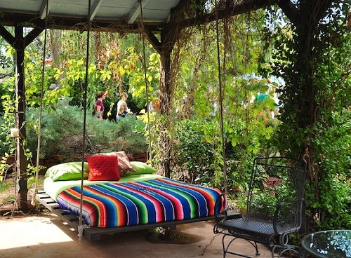 outdoor-swing-bed-1 Outdoor Beds Are Great For Relax During The Summer