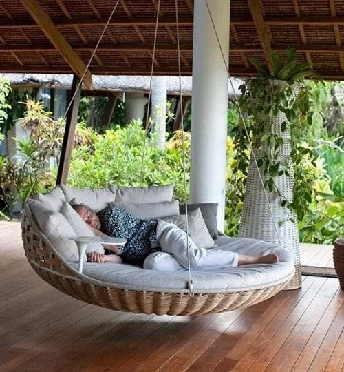 outdoor-swing-bed Outdoor Beds Are Great For Relax During The Summer