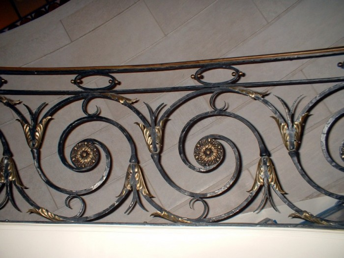 project_image_image_file_18_1301509942 60+ Best Railings Designs for a Catchier Balcony