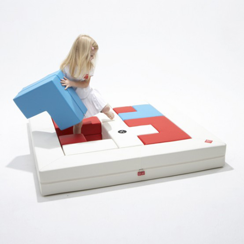 puzzle-sofa-The-kid-can-change-the-layout-of-this-sofa 50 Creative and Weird Sofas for Your Home