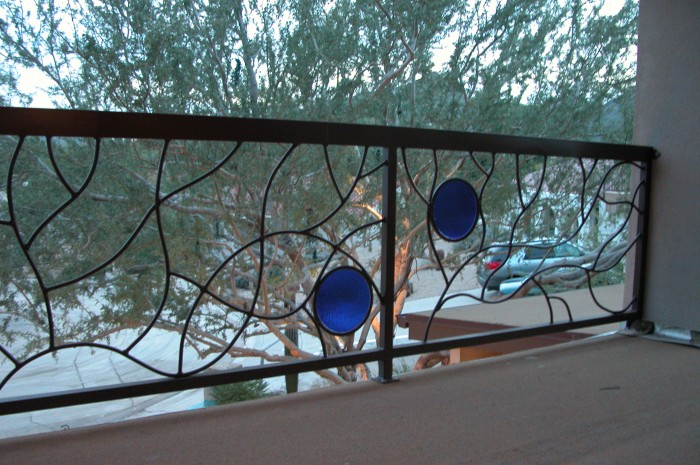 railing-004 60+ Best Railings Designs for a Catchier Balcony